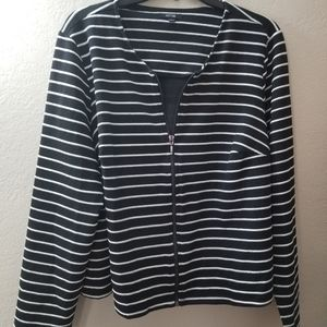 Black and White Striped Zipper Blazer